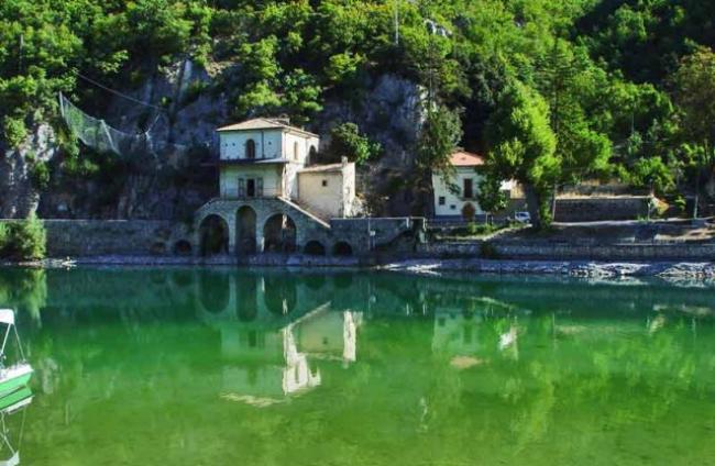 Lago-di-Scanno